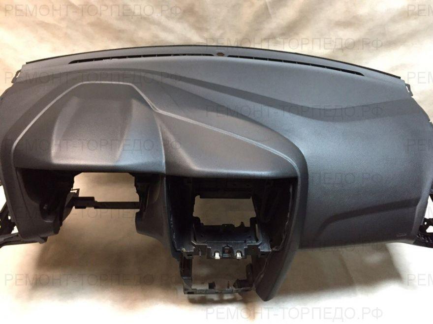 Панель приборов торпедо накладка для Форд Фокус 3
